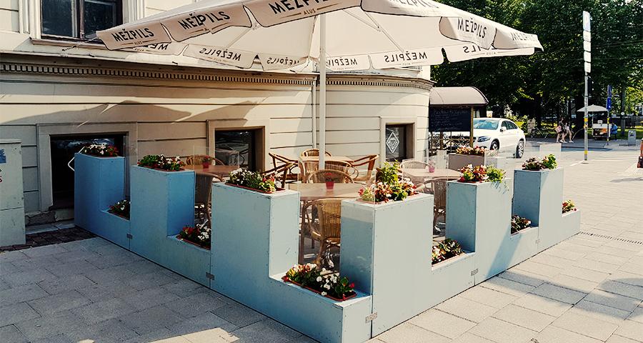 cafe Leningrad vasaras terase